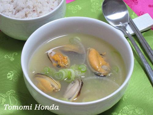 ナスラックキッチン ムール貝スープ