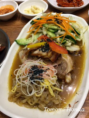 釜山 富平洞 冷菜豚足(ネンチェチョッパル)